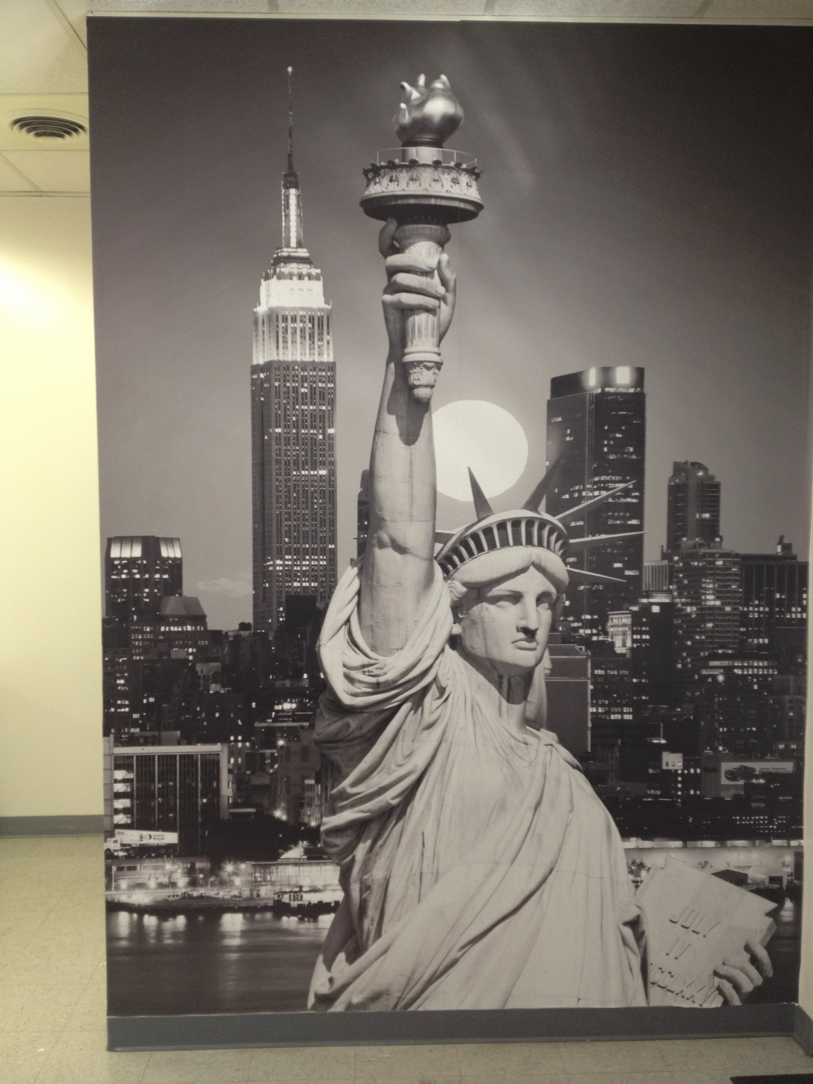 Statue of Liberty Custom Wall Paper